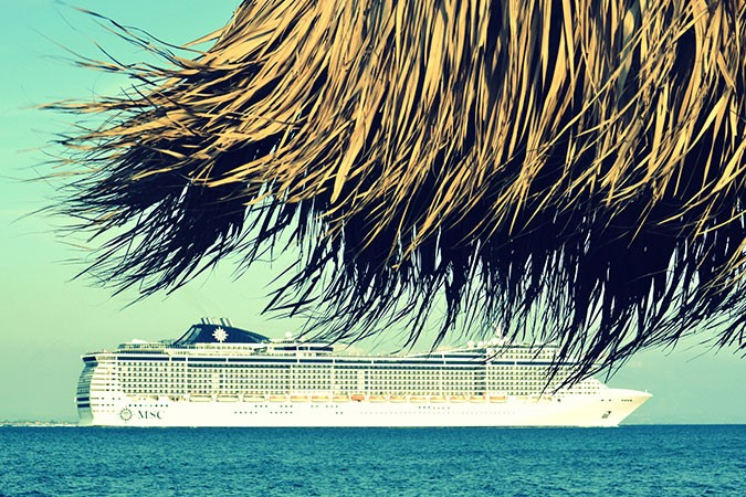 beach-blue-cruise-371680.jpg